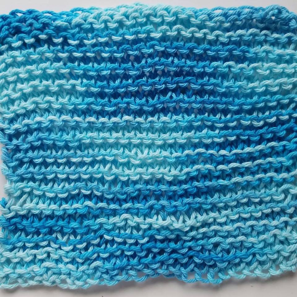 easy to knit cloth by Bev